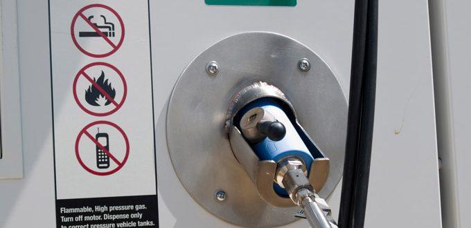 hydrogen car refill